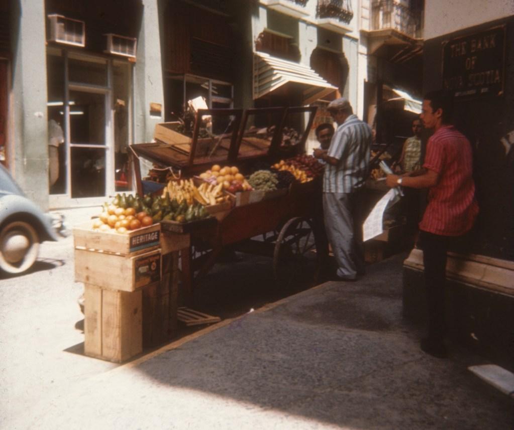Street vendor at  Old San Juan <br>Don Heiser - año 1956