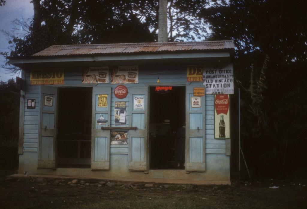 """""""Palo Hincado post office""""<br>Don Heiser - año 1956"""